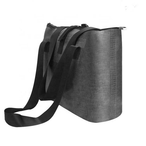 wateproof beach bag